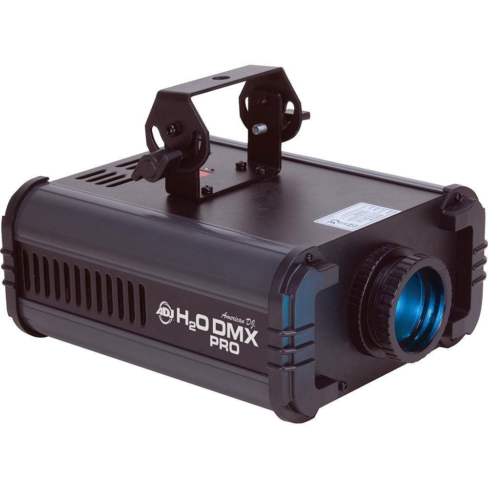 La H2O DMX Pro d' American DJ est un effet de simulation de chute d'eau multicolore avec pilotage par DMX-512 et une lumière LED de 50 W. Cette unité ne produit presque aucune chaleur